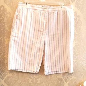 LIZ GOLF Stylish Comfortable Golf Shorts
